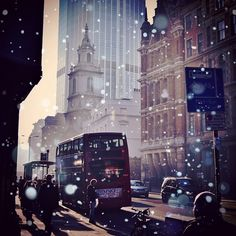 One of my all time fav shots in a #winter edit ❄ As we're finally having some snow in #London, I'm looking forward to stroll the streets with my camera this weekend! Fingers crossed to keep it falling!  #remix #bishopsgate #street #doubledecker #iconiclondon #architecture #streetphotography - @Jiri Siftar- #webstagram