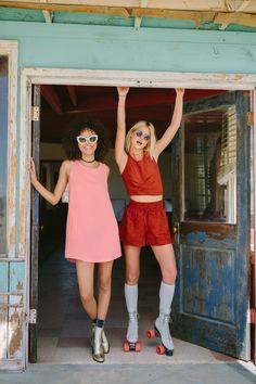 Isabella Peschardt & Jess Morrow shot by Ali Mitton for Jack by BB Dakota Spring 2016 Fashion Brand, New Fashion, Trendy Fashion, Boho Fashion, High Fashion, Fashion Looks, Street Fashion, Isabella Peschardt, Chic Summer Style