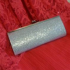 ☆Bundled☆Sparkly Silver Clutch Purse For your night out. To carry the necessities. Comes with silver chain.  Add on if you buy any of the gowns for $5. Bags Clutches & Wristlets