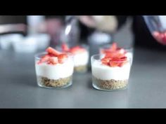 Video ricette Bennet -  Cheescake Cremosa in bicchiere con Fragola - YouTube