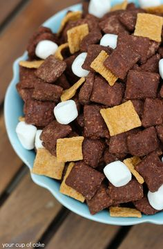 S' mores puppy chow. 6 C. rice Chex cereal1 C. milk chocolate melts or chips1/2 C. peanut butter, creamy1 tsp. vanilla extract1 C. brownie mix, from the box (or you can use a combination of powdered sugar and cocoa powder)3 C. Golden Grahams3 C. marshmallows