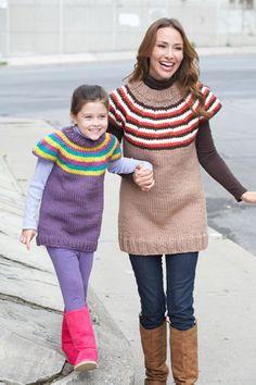 Bernat: Pattern Detail - Softee Chunky - Striped Yoke Pullover (Woman)