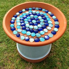FAMILY WEEKEND PROJECT Build a Bird Bath from a Terracotta Pot #howtomakebirdhouses