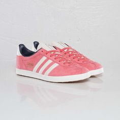 Adidas - Gazelle OG W. I love pink. I wonder if these come in an 11?