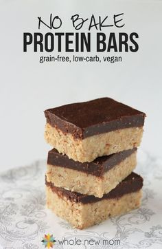 These Homemade Protein Bars are sugar, soy, grain, dairy, and egg-free, but loaded with yumminess! Stop spending a fortune on store-bought bars and make your own :)! | homemade protein bars | protein bar recipe | no bake bars || Whole New Mom #keto #lowcarb #glutenfree #recipes #proteinbars #nobake