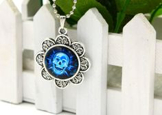 Silver Tone Neclace With Skull Dome Charm