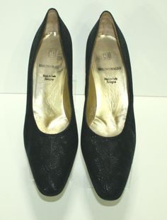 Bruno Magli Black Pump Shoe Size US 10AA Heel Bologna Textured #BrunoMagli #PumpsClassics
