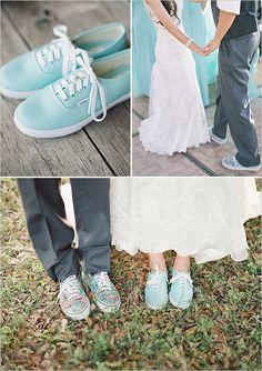 teal reception shoes @weddingchicks