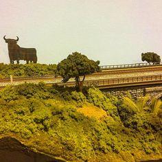 El toro de Osborne en la exposición de maquetas de #tren. IFEME. #Mérida #ffccExtremadura