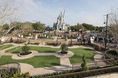 Magic Kingdom Central Plaza | Flickr - Photo Sharing!