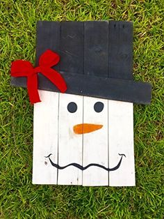 Wooden Reversible Scarecrow/Snowman // Reclaimed Wood Wall Art // Pallet Wood Sign // Rustic Wood Signs // Seasonal Decor