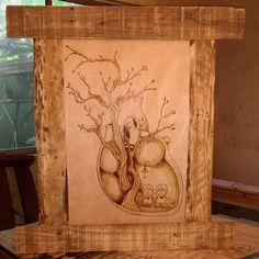 Mi primer encargo en // My first comission Pallet Frames, Woodburning, Pyrography, Woodworking Crafts, Vintage World Maps, Stage, Instagram, Upcycled Crafts, Wooden Crafts
