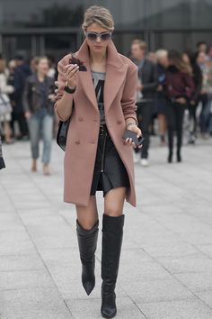 Love the style of this coat, as well as the gorgeous soft pink- excellent counterpoint to the  outfit underneath.