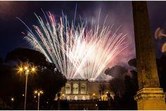Gli spettatori sono invitati ad ammirare i fuochi d'artificio della Girandola sul Pincio da Piazza del Popolo. Accesso gratuito, il 29 giugno alle 21.40.
