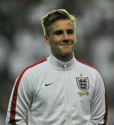 Luke Shaw looking good in his England kit☺