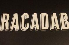 Qual a origem da palavra Abracadabra?