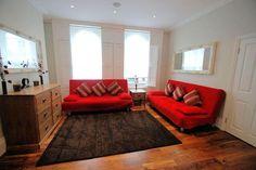 1426.00 GBP  LR Apartments Battersea Rd #1    vlak bij battersea park, Clapham Junction/Battersea park Station dichtste bij  3 bedroom / sleeps 10 in 5 beds  40sqm (wel heel klein?)
