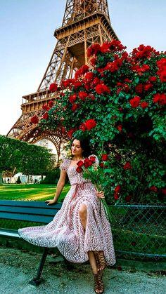 Iron Man Cartoon, A Day In Paris, Amazing Women, Girly, Romantic, Holiday Decor, Beauty, Beautiful, Shoulder Dress