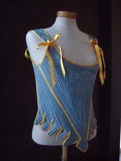Silk corset about 1760 (replica). Made by Corina van der Linden - Crien-oline.