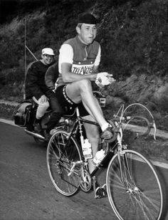 Karstens rests during the sixth stage of the Tour de France 1967 between Jambes and Metz.