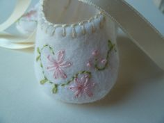 Baby Girl Shoes Slippers Booties with Embroidered Pink Flowers.  Handmade Felt Baby Shoes . Shower Gift Idea