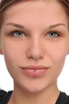 Nose stud and vertical labret piercings Men's Piercings, Piercings For Girls, Piercing Tattoo, Body Piercing, Nose Bridge Piercing, Vertical Labret Piercing, Upper Lip Piercing, Fashion And Beauty Tips, Nose Stud