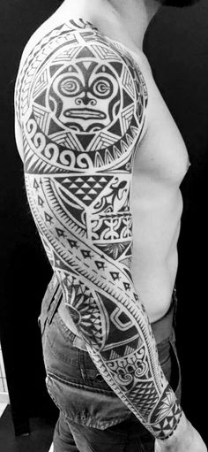 Discover recipes, home ideas, style inspiration and other ideas to try. Shoulder Armor Tattoo, Body Armor Tattoo, Body Art Tattoos, 3d Tattoos, Norse Tattoo, Viking Tattoos, Tattoo Wolf, Tattoo Celtic, Polynesian Tattoo Designs