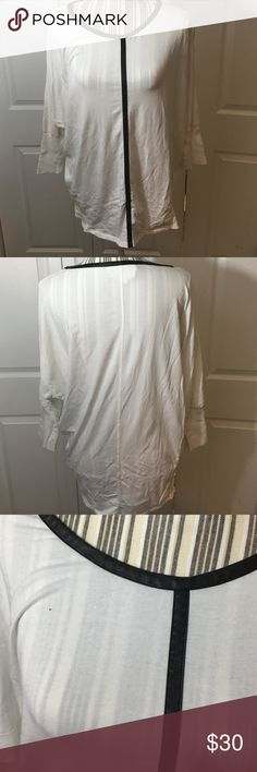 Two By Vince Camuto Quarter Sleeve Sz XL / Leather neckline and stripe down the middle / Quarter Sleeve / No stains or pilling. B9 Two by Vince Camuto Tops Tees - Long Sleeve