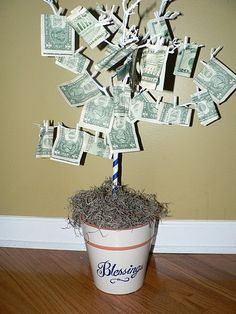 Oui, Personalize!: How to Make a Money Tree
