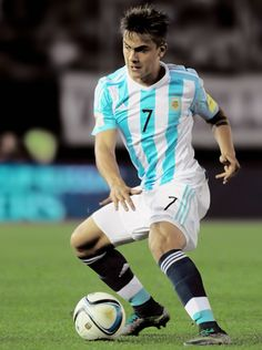 Paulo Dybala drives the ball during a match between Argentina and Brazil as part of FIFA 2018 World Cup Qualifiers at Monumental Antonio Vespucio Liberti Stadium on November 13, 2015 in Buenos Aires.