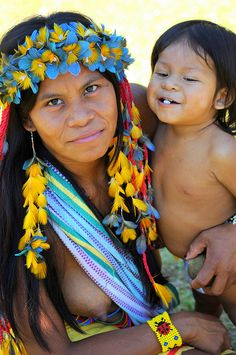 Pataxò woman and child in Brazil, Indigenous people of Brazil