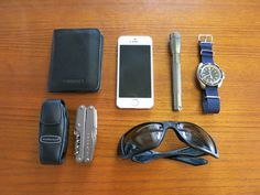 Sandqvist Veiron black leather wallet iPhone 5S Silver Mini Maglite Silver CWC Royal Navy Divers Automatic Watch Silver Leatherman Juice XE6 Black Oakley Big Taco Sunglasses  Graphic Designer in Pitea, Sweden  [[MORE]]