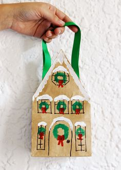 DIY Paper Bag Village by Mandy Pellegrin, blog.etsy #DIY #Christmas #Paper_Bag_Village