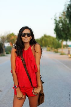 woman red dress coohuco 1