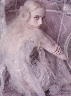 Esmeralda Seay-Reynolds by Mario Testino for Vogue Germany March 2014 8