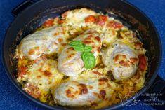 Hlavní fotka k receptu Kuřecí prsa v bazalkovo-rajčatové omáčce Mozzarella, Pesto, Eggs, Breakfast, Food, Morning Coffee, Egg, Meals, Egg As Food