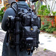 블랙라벨의 스트라이크 팔콘과 파우치들을 풀몰리한 모습입니다. 현재는 메버릭 파우치만 온라인에서 판매되고 있지만, 곧 사진 속의 블랙라벨의 스마트폰 파우치와 MM1파우치도 출시예정입니다. 블랙라벨만의 특별함을 경험해보세요.  http://www.magforcekorea.com  #magforcekorea #magforce #backpack #bag #blacklabel #outdoor #tacticalbag #맥포스코리아 #맥포스 #백팩 #가방 #블랙라벨 #아웃도어