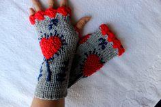 Hand Knitted Fingerless Gloves Female gray gloves by PinarKnitting