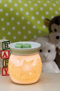 This is Twinkle!  Pair it with the Newborn Nursery scent for the perfect Baby Shower gift!!!  http://amoman.scentsy.us