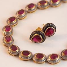Rubies and old cut diamonds... Timeless elegance... #Esola #jewellery #design #perth #cottesloevillage #napoleonstreet #gold #silver #ruby #diamond #oldcutdiamond #experienceperth #gift #christmas #special #instadaily #perthwedding #motherofthebride