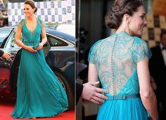 Evidenciando momento mais leve no guarda-roupa real, Kate Middleton aparece com look rendado