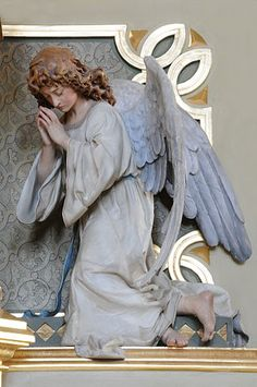 Wood carved altar angels by the sculptor Jakob Crepaz-Maidl