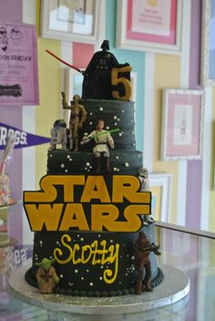 Star Wars Birthday Cake  www.leahsweettreats.com