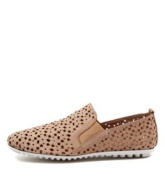 Django and Juliette shoes are for women looking for colour, quality, leather and a point of difference. Specializing in Mid Heel Shoes, Ballet Flats, Mary Janes and Ankle Boots. Smart Casual shoes perfect for Work or a Holiday.