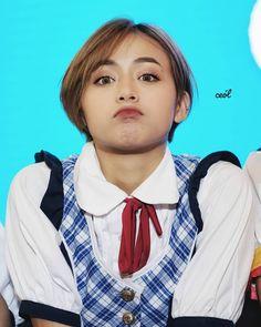 Cute Korean Girl, Fashion Couple, Aesthetic Girl, Aesthetic Wallpapers, Cute Wallpapers, Girl Crushes, Magnolia, Portrait Photography, Short Hair Styles