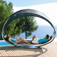 The stylish SURF hammock.