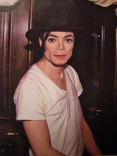 Beautiful mature Michael Jackson