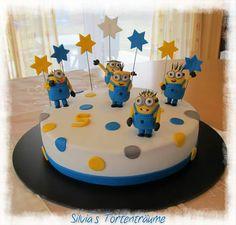 Silvia's Tortenträume: Minions Mini-Minions Punkte Sterne Geburtstag Kinder Motivtorte Fondant Rezept Anleitung Cake