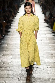 See Vogue's ultimate spring/summer 2017 dresses from the catwalk. From Balmain to Balenciaga, see Vogue's best dresses this season.