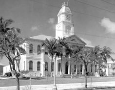 Monroe County courthouse, 1950s - Key West, Florida